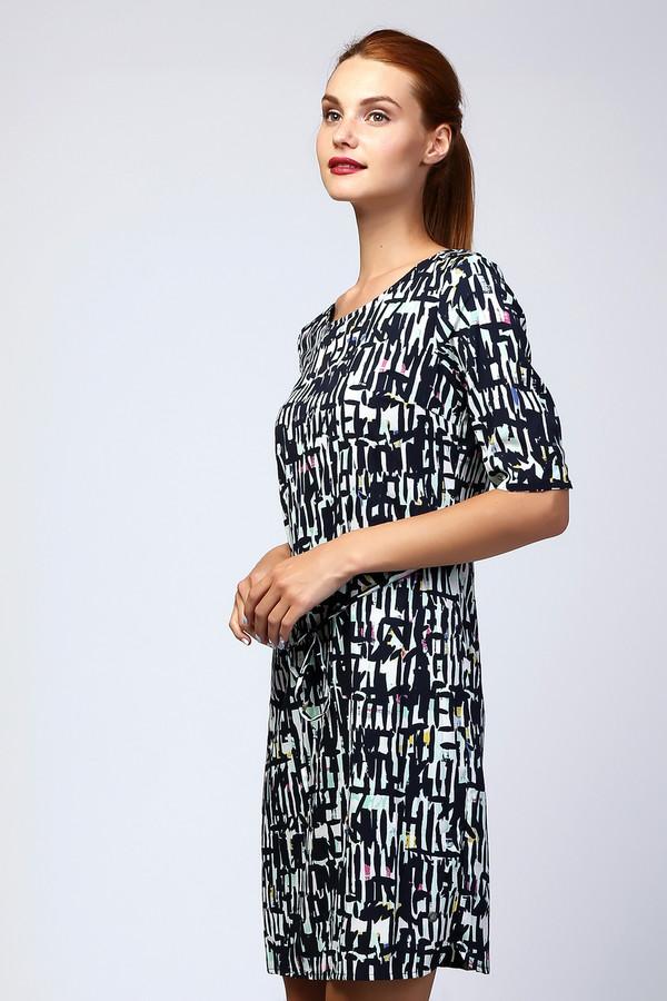 Платье s.OliverПлатья<br>Легкое женское платье-футляр длиной до колена. Это платье от бренда s.Oliver, которое пошито из 100% полиэстера. Данная модель пошита из ткани, которая декорирована принтом с абстрактным орнаментом, выполненном в черном и белом цвете, с пятнами бирюзового, желтого, розового и синего. У этого платья круглый вырез и рукав длиной до локтя. Кроме того, оно затягивается на талии на завязки.<br><br>Размер RU: 40<br>Пол: Женский<br>Возраст: Взрослый<br>Материал: полиэстер 100%<br>Цвет: Разноцветный