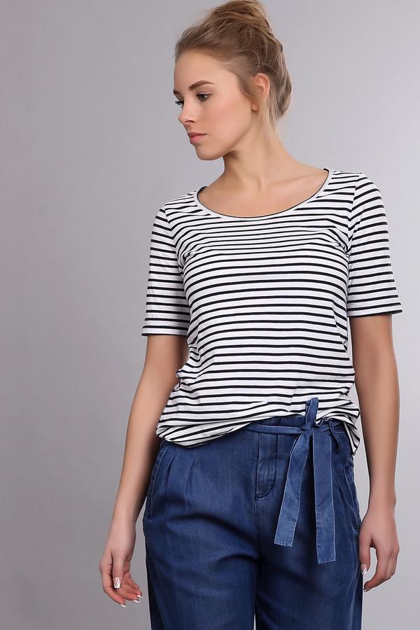 Футболка s.OliverФутболки<br>Женская футболка в черно-белую полоску от бренда s.Oliver. Футболка сшита по приталенному крою с рукавом длиной до середины плеча и глубоким круглым вырезом. Материал, из которого она пошита, на 100% состоит из хлопка.<br><br>Размер RU: 42<br>Пол: Женский<br>Возраст: Взрослый<br>Материал: хлопок 100%<br>Цвет: Синий