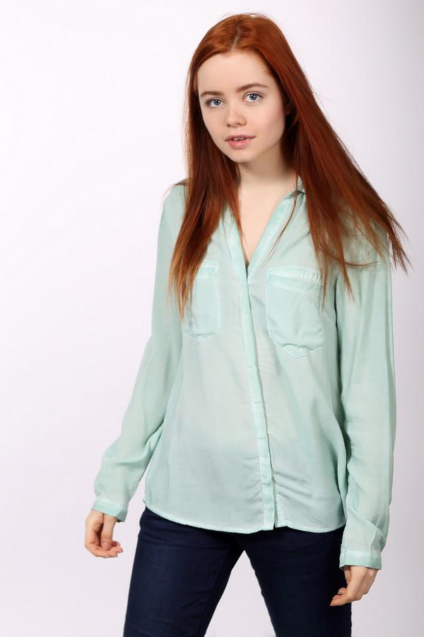 Блузa s.OliverБлузы<br>Оригинальная блуза от бренда s.Oliver. Это женская блуза светло-зеленого цвета, на пуговицах со скрытыми петлями, выполненная по оригинальному крою. У данной блузы отложной воротник в сочетании c v-образным вырезом, нагрудные карманы и вырез сзади.<br><br>Размер RU: 44<br>Пол: Женский<br>Возраст: Взрослый<br>Материал: вискоза 100%<br>Цвет: Голубой