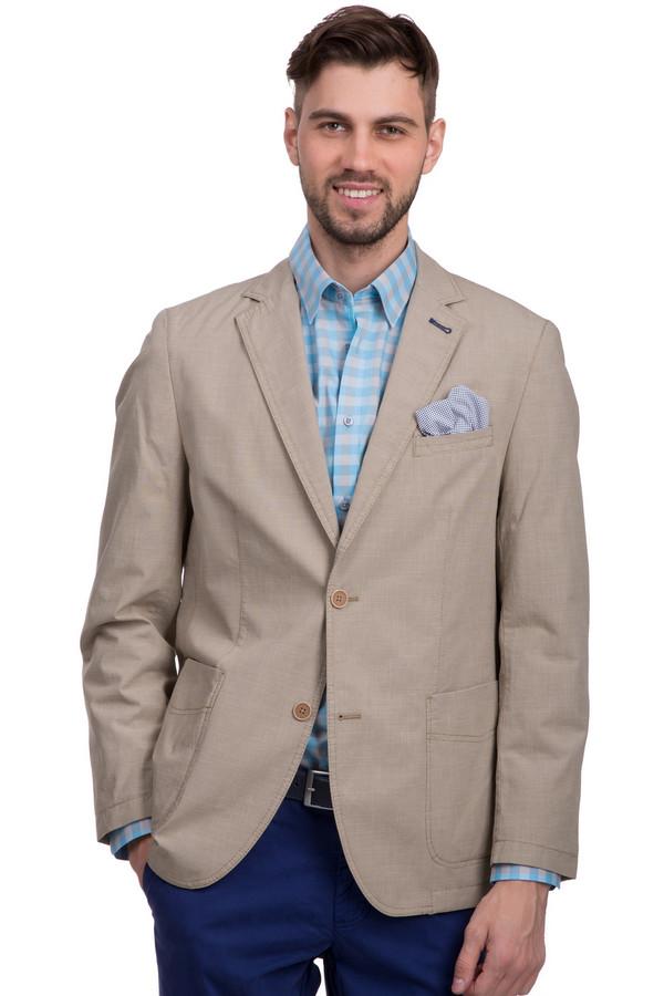 Пиджак CalamarПиджаки<br>Пиджак для мужчин на пуговицах, от бренда Calamar. Это пиджак бежевого цвета с глубоким вырезом, сшитый из 100% хлопка. Изделие дополнено отложным воротником с лацканами, двумя боковыми карманами, а также одним нагрудным карманом с платком-паше голубого цвета. Сзади снизу пиджак декорирован вырезом.<br><br>Размер RU: 50<br>Пол: Мужской<br>Возраст: Взрослый<br>Материал: хлопок 100%<br>Цвет: Бежевый
