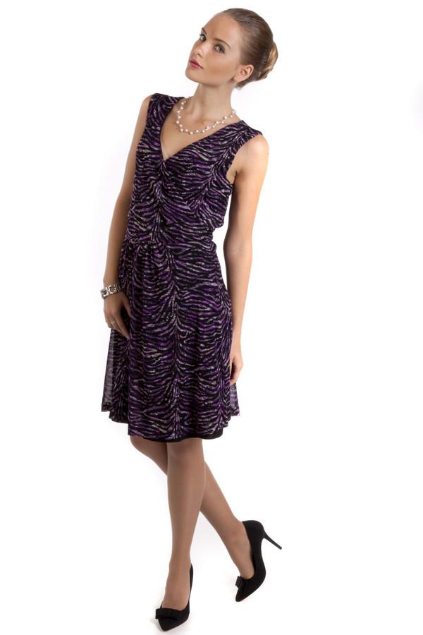 Платье s.OliverПлатья<br>Легкое платье с чуть расклешённым низом от бренда s.Oliver приталенного кроя представлено из ткани с зебровым принтом. Изделие дополнено: v-образным вырезом и эластичной резинкой на талии.<br><br>Размер RU: 44<br>Пол: Женский<br>Возраст: Взрослый<br>Материал: полиамид 100%<br>Цвет: Разноцветный