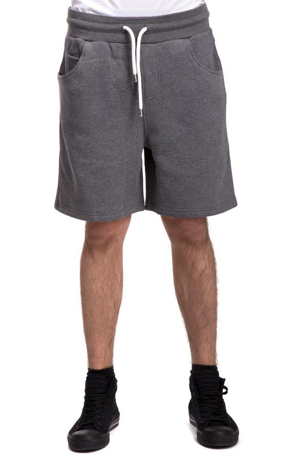 Шорты LocustШорты<br>Мужские шорты от бренда Locust выполнена из плотного натурального хлопка серого цвета. Шорты прямого свободного кроя. Изделие дополнено: эластичным поясом со шнурком, тремя карманами и двумя накладными карманами сзади. Гармонично сочетаются с   футболками   и   поло  .<br><br>Размер RU: 52-54<br>Пол: Мужской<br>Возраст: Взрослый<br>Материал: хлопок 100%<br>Цвет: Серый