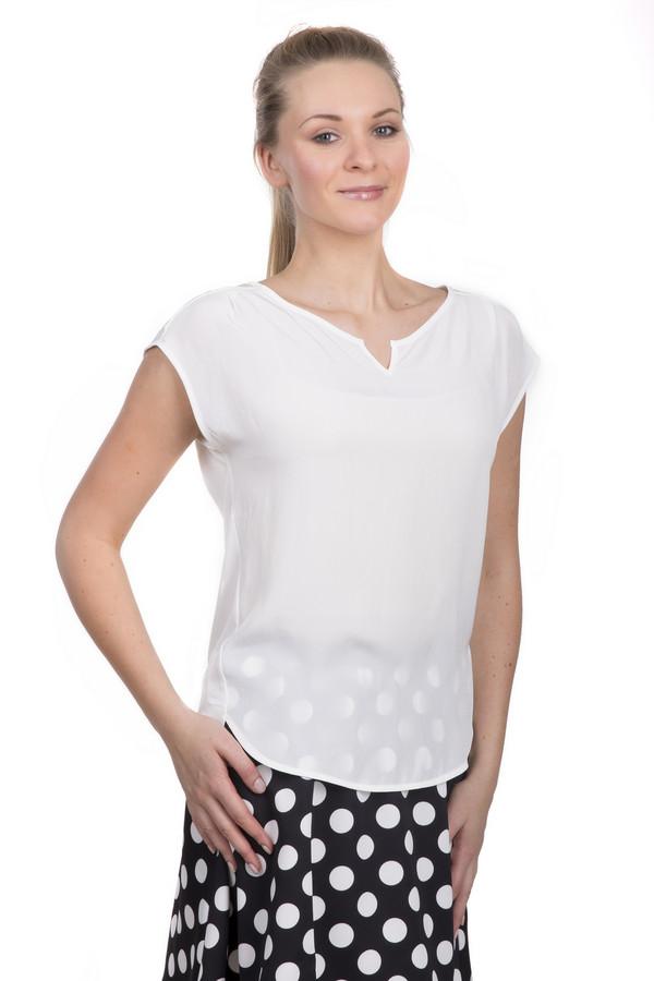 Блузa Luisa CeranoБлузы<br>Легкая женственная блуза от бренда Luisa Cerano. Это полупрозрачная блуза прямого кроя выполнена в белом цвете. У данного изделия вырез-лодочка и короткий рукав. В состав материала, из которого пошита данная блуза, входит вискоза с добавлением эластана. Невероятно воздушная блуза добавит легкости повседневному образу.<br><br>Размер RU: 48<br>Пол: Женский<br>Возраст: Взрослый<br>Материал: эластан 5%, вискоза 95%<br>Цвет: Белый