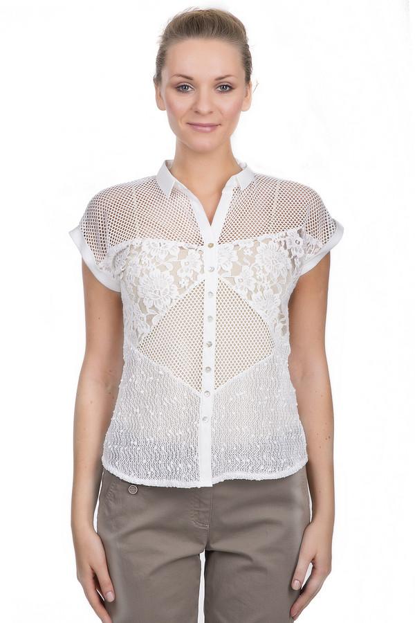 Блузa SE StenauБлузы<br>Женская полупрозрачная блуза от бренда SE Stenau приталенного кроя. Изделие дополнено: отложным воротником, планкой на пуговицах и короткими рукавами. Блуза декорирована ажурными и сетчатыми вставками. Данная модель представлена в белом цвете и выполнена из полиамида с добавлением эластана. Идеальный вариант для летнего периода.