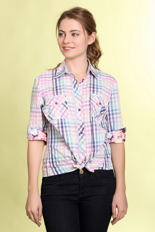 Рубашка с коротким рукавом SE StenauКороткий рукав<br>Фирменная женская клетчатая рубашка от SE Stenau. Это рубашка простого кроя, пошитая из смеси хлопка и полиэстера. У данной модели отложной воротник, рукав длиной до середины плеча, а также два накладных нагрудных кармана на пуговице. Клетка рубашки выполнена в синем, зеленом и розовом цветах. Низ рубашки прошит вставкой с цветочным принтом.<br><br>Размер RU: 48<br>Пол: Женский<br>Возраст: Взрослый<br>Материал: хлопок 35%, полиэстер 65%<br>Цвет: Разноцветный