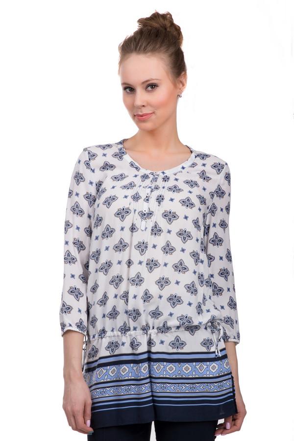 Блузa Betty BarclayБлузы<br>Женственная блуза-туника от бренда Betty Barclay. Это блуза белого цвета, украшенная различными орнаментами в синих и голубых цветах. Блуза выполнена из приятной к телу вискозы. Изделие дополнено: круглым вырезом с планкой на пуговицах, короткими рукавами 3/4, боковыми разрезами и завязками.<br><br>Размер RU: 46<br>Пол: Женский<br>Возраст: Взрослый<br>Материал: вискоза 100%<br>Цвет: Разноцветный