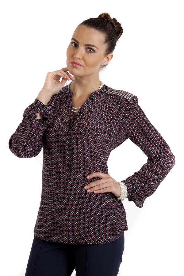 Блузa SetБлузы<br>Блуза на пуговицах от бренда Set, для женщин. Это стильная блуза, пошитая из 100% шелка. Ткань украшена оригинальным принтом в красных и синих цветах, а на плечах есть вставки с ломанной клеткой.<br><br>Размер RU: 42<br>Пол: Женский<br>Возраст: Взрослый<br>Материал: шелк 100%<br>Цвет: Разноцветный