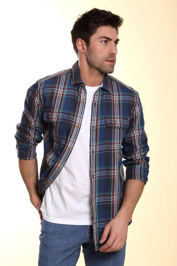Рубашка с длинным рукавом s.OliverДлинный рукав<br>Мужская рубашка простого покроя от бренда s.Oliver. Это рубашка на пуговицах, в крупную клетку, выполненную в красном, белом, зеленом, синем и черном цвете. Изделие сшито по простому покрою с длинным рукавом и отложным воротником из 100% хлопка, и дополнено двумя нагрудными карманами.<br><br>Размер RU: 46-48<br>Пол: Мужской<br>Возраст: Взрослый<br>Материал: хлопок 100%<br>Цвет: Разноцветный