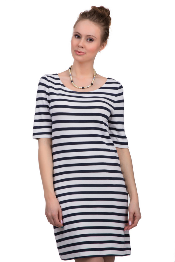 Платье s.OliverПлатья<br>Свободное женское платье длиной до колена, от бренда s.Oliver. У данной модели U-образный вырез и рукав длиной до локтя. Изделие выполнено из полосатой сине-белой ткани, которая состоит из смеси полиэстера и вискозы, с добавлением эластана.<br><br>Размер RU: 44<br>Пол: Женский<br>Возраст: Взрослый<br>Материал: эластан 1%, полиэстер 11%, вискоза 88%<br>Цвет: Синий
