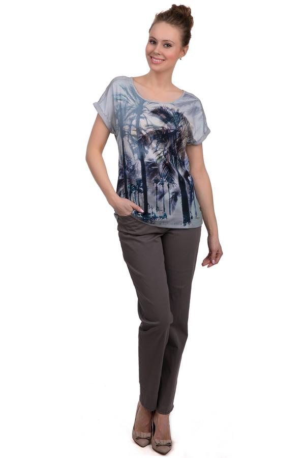 Брюки VaniliaБрюки<br>Классические женские брюки-дудочки коричневого цвета от бренда Vanilia. Данная модель пошита из хлопка с добавлением небольшого процента эластана. Изделие дополнено: пятью стандартными карманами и шлевками для ремня. Центральная часть застегивается на молнию и фиксируется на пуговицу.<br><br>Размер RU: 44<br>Пол: Женский<br>Возраст: Взрослый<br>Материал: хлопок 98%, эластан 2%<br>Цвет: Коричневый