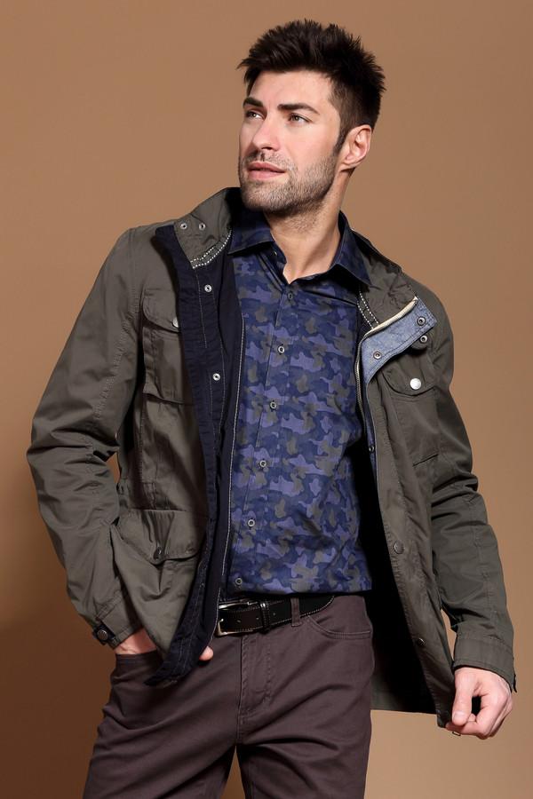 Куртка Tom TailorКуртки<br>Модная мужская куртка от бренда Tom Tailor коричневого цвета подойдет на любой случай жизни – от обычной прогулки и похода на работу. Лучше других сгодится для ношения в демисезонная. Изделие застёгивается на молнию и кнопки. Модель дополнена четырьмя карманами. На рукаве присутствует фирменный логотип бренда Tom Tailor.<br><br>Размер RU: 50-52<br>Пол: Мужской<br>Возраст: Взрослый<br>Материал: полиэстер 68%, полиамид 12%, хлопок 20%<br>Цвет: Коричневый
