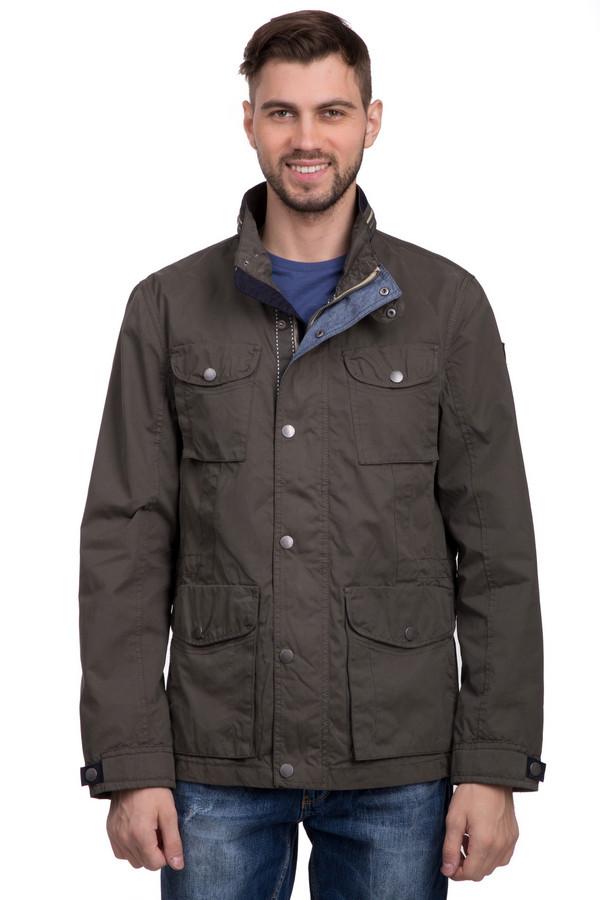 Куртка Tom TailorКуртки<br>Модная мужская куртка от бренда Tom Tailor коричневого цвета подойдет на любой случай жизни – от обычной прогулки и похода на работу. Лучше других сгодится для ношения в демисезонная. Изделие застёгивается на молнию и кнопки. Модель дополнена четырьмя карманами. На рукаве присутствует фирменный логотип бренда Tom Tailor.<br><br>Размер RU: 48-50<br>Пол: Мужской<br>Возраст: Взрослый<br>Материал: полиэстер 68%, полиамид 12%, хлопок 20%<br>Цвет: Коричневый