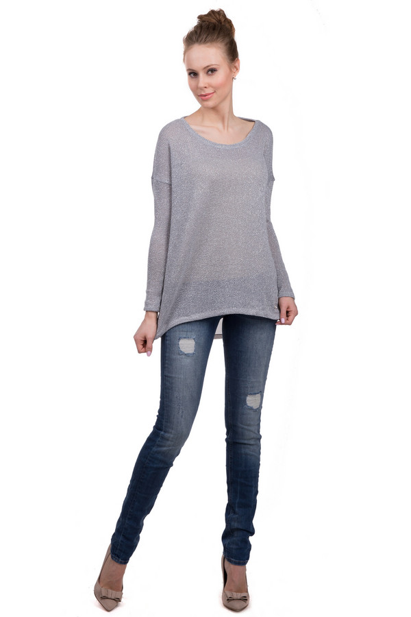 Модные джинсы Tom TailorМодные джинсы<br>Модные джинсы на застежке-молнии для женщин, от бренда Tom Tailor. Это модель облегающего кроя, на кокетке с двойной строчкой и внутренним двойным швом. Джинсы представлены в синем цвете с отделкой оранжевой строчкой, заклепками и прорезями. Данное изделие дополнено: двумя накладными карманами с вышитой эмблемой бренда сзади, и двумя боковыми карманами спереди, а также пятым карманом. Материал - хлопок с добавлением эластана.<br><br>Размер RU: 44-46(L34)<br>Пол: Женский<br>Возраст: Взрослый<br>Материал: хлопок 98%, эластан 2%<br>Цвет: Синий
