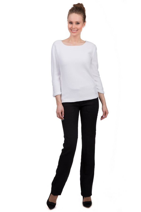 Брюки Sai-KuБрюки<br>Стильные женские льняные брюки, выполненные в классическом черном цвете от бренда Sai-Ku. Брюки сделаны по прямому, слегка удлиненному покрою. Изделие дополнено: резинкой с завязками на поясе, крупными передними боковыми карманами и двумя прорезными карманами сзади.<br><br>Размер RU: 48<br>Пол: Женский<br>Возраст: Взрослый<br>Материал: лен 100%<br>Цвет: Чёрный