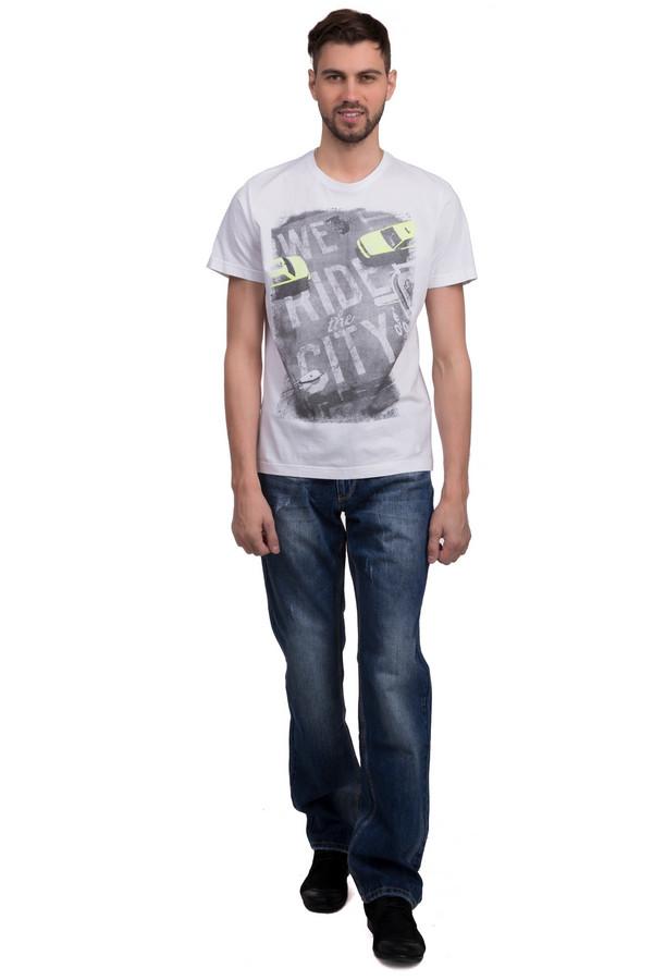 Модные джинсы LocustМодные джинсы<br>Модные джинсы для мужчин, от бренда Locust. Это джинсы свободного покроя, средней посадки, которые сшиты из 100% хлопка. Изделие представлено в темно-синем цвете, с ярко-выраженным эффектом скреппинга. Они дополнены классическими передними и задними карманами.<br><br>Размер RU: 52(L34)<br>Пол: Мужской<br>Возраст: Взрослый<br>Материал: хлопок 100%<br>Цвет: Синий