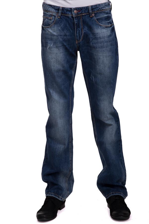 Модные джинсы LocustМодные джинсы<br>Модные джинсы для мужчин, от бренда Locust. Это джинсы свободного покроя, средней посадки, которые сшиты из 100% хлопка. Изделие представлено в темно-синем цвете, с ярко-выраженным эффектом скреппинга. Они дополнены классическими передними и задними карманами.<br><br>Размер RU: 48-50(L34)<br>Пол: Мужской<br>Возраст: Взрослый<br>Материал: хлопок 100%<br>Цвет: Синий