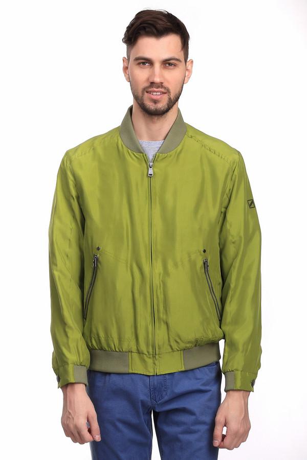 Куртка Daniel HechterКуртки<br>Стильная мужская куртка от бренда Daniel Hechter салатового цвета. Это изделие было выполнено из шелка. Данная модель предназначена для периода межсезонья. Куртка дополнена карманами по бокам, резинкой снизу и молнией. Изделие разбавит базовый гардероб и станет ярким акцентом в образе на каждый день.<br><br>Размер RU: 56<br>Пол: Мужской<br>Возраст: Взрослый<br>Материал: шелк 100%<br>Цвет: Зелёный