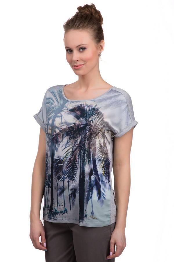 Футболка TaifunФутболки<br>Летняя женская футболка от торговой марки Taifun серого цвета с тропическим принтом в синем, черном и голубом тонах. Данная модель дополнена короткими рукавами с подкатами, а также широким U-образным вырезом и швом по всей длине спины с застежкой декорированной в виде бантика, и эмблемой с названием бренда спереди снизу Состав изделия - вискоза с добавлением эластана.<br><br>Размер RU: 42<br>Пол: Женский<br>Возраст: Взрослый<br>Материал: эластан 5%, вискоза 95%<br>Цвет: Разноцветный