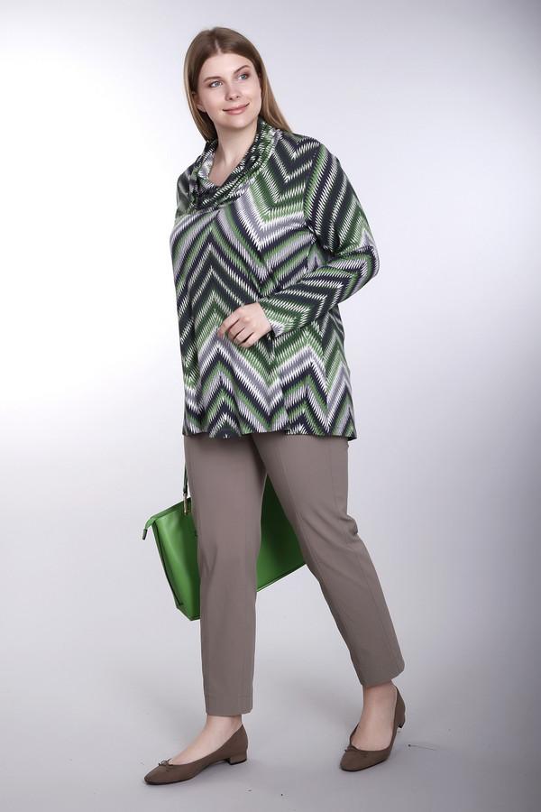Брюки SamoonБрюки<br>Стильные брюки-капри прямого покроя от бренда Samoon. Это капри бежевого цвета, сшитые из материала, который на 2% состоит из эластана, на 19% из полиамида и на 79% вискозы. Брюки дополнены широкой резинкой на поясе.<br><br>Размер RU: 50<br>Пол: Женский<br>Возраст: Взрослый<br>Материал: эластан 2%, полиамид 19%, вискоза 79%<br>Цвет: Бежевый