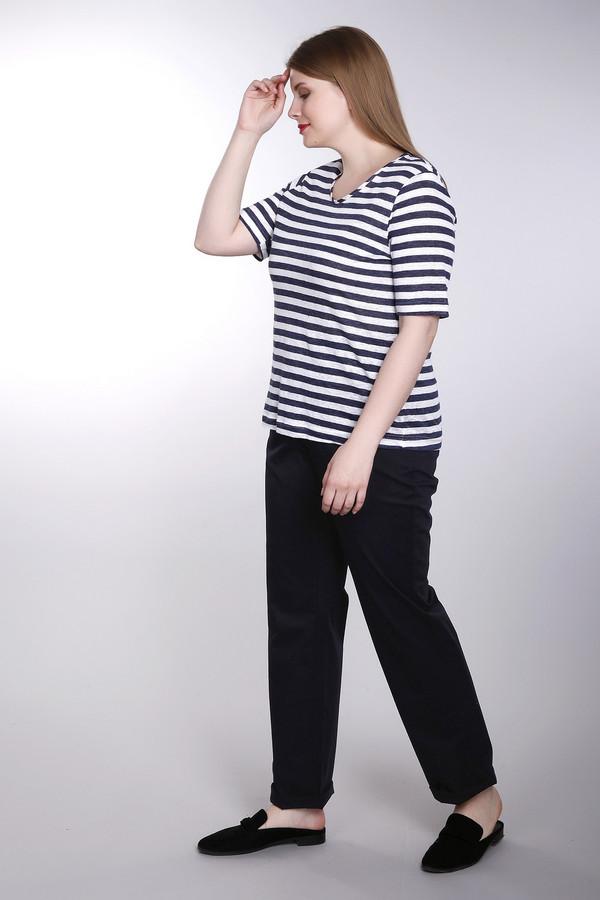 Брюки SamoonБрюки<br>Женские брюки от бренда Samoon черного цвета. Данное изделие было выполнено из эластана и полиэстера. Эта модель предназначена для демисезонного периода. Штаны с высокой посадкой и свободного кроя. Они дополнены карманами сбоку. Такие брюки будут отличной базой для минималистичного и в то же время интересного образа.<br><br>Размер RU: 50<br>Пол: Женский<br>Возраст: Взрослый<br>Материал: эластан 3%, хлопок 97%<br>Цвет: Чёрный