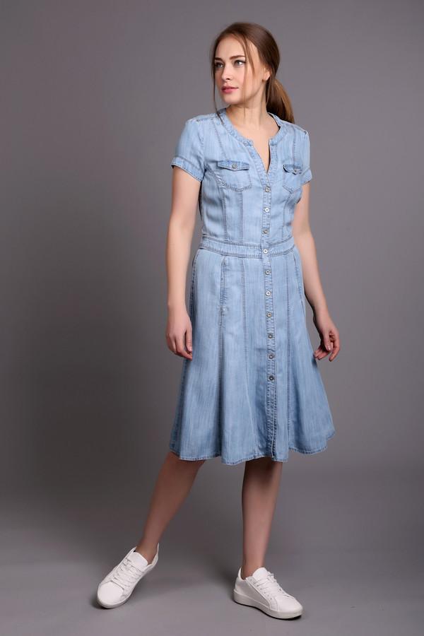 Платье ApanageПлатья<br>Модное женское платье от бренда Apanage. Это платье из 100% лиоцела, выполненное в голубом цвете. Это платье на пуговицах, слегка прикрывающее колени. Платье приталенное, с юбкой-клеш, круглым вырезом и коротким рукавом. Изделие дополнено двумя нагрудными карманами.<br><br>Размер RU: 44<br>Пол: Женский<br>Возраст: Взрослый<br>Материал: лиоцел 100%<br>Цвет: Голубой