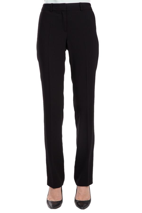 Брюки s.Oliver PREMIUMБрюки<br>Практичные женские брюки от бренда s.Oliver Premium черного цвета. Изделие было выполнено из эластана и полиэстера. Эта модель предназначена для демисезона. Штаны с высокой посадкой. Они дополнены едва заметными карманами сбоку и застежкой на молнии. Эти брюки станут незаменимой базовой вещью в гардеробе. Их можно сочетать с разной одеждой.<br><br>Размер RU: 42<br>Пол: Женский<br>Возраст: Взрослый<br>Материал: эластан 10%, полиэстер 90%<br>Цвет: Чёрный