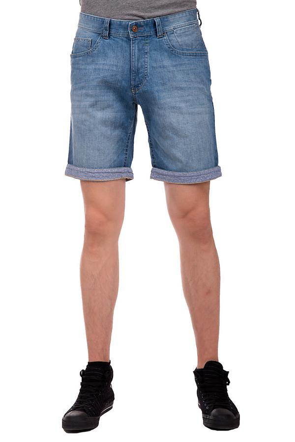 Шорты CalamarШорты<br>Летние джинсовые мужские шорты фирмы Calamar представлены в голубом цвете с эффектом потертости. Данная модель состоит из 1% эластана и 99% хлопка. Изделие дополнено пятым карманом, двумя накладными карманами с простроченной отделкой сзади и двумя карманами спереди. Также данная модель украшена отворотами с мелким цветочным принтом и небольшим декоративным карманом спереди.<br><br>Размер RU: 52<br>Пол: Мужской<br>Возраст: Взрослый<br>Материал: эластан 1%, хлопок 99%<br>Цвет: Голубой