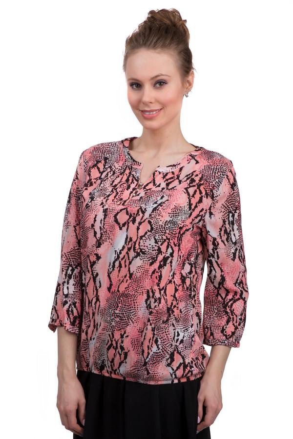 Блузa Betty BarclayБлузы<br>Оригинальная яркая блуза для женщин от бренда Betty Barclay, выполненная из 100% вискозы. Данная модель представлена в розовых оттенках, со змеиным принтом. Блуза сшита по простому крою, с рукавами длиной три четверти и круглым вырезом, декорированным металлическими бусинами.<br><br>Размер RU: 44<br>Пол: Женский<br>Возраст: Взрослый<br>Материал: вискоза 100%<br>Цвет: Разноцветный