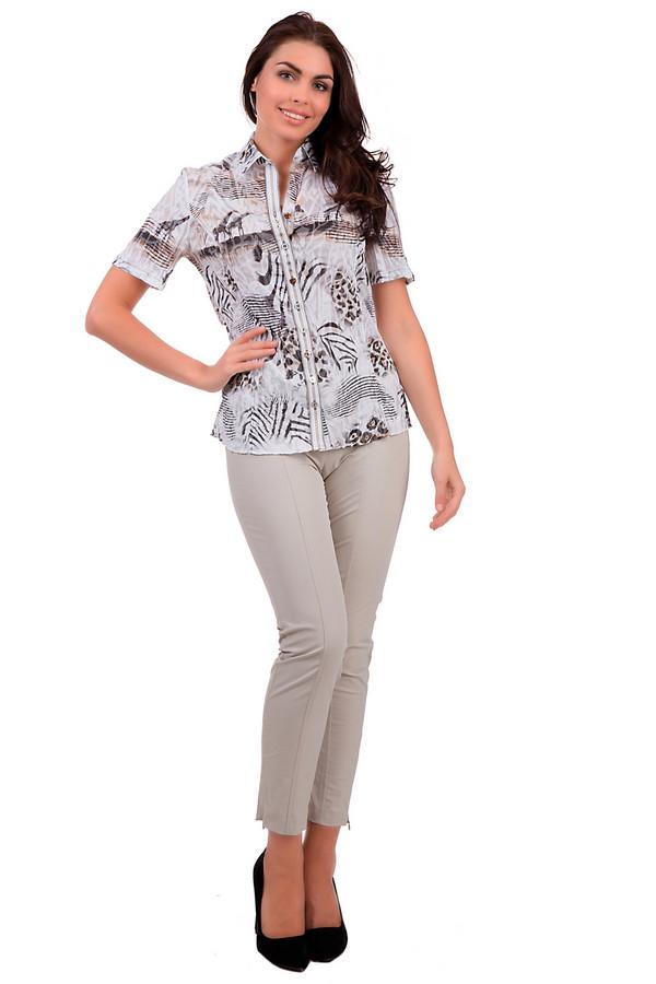 Брюки Betty BarclayБрюки<br>Облегающие бежевые брюки от бренда Betty Barclay отличаются минималистическим стилем – на них нет никаких декоративных излишеств. Благодаря такому стилевому и цветовому решению сочетаются с абсолютно любым верхом. Изделие дополнено симметричной прострочкой и поясом. Материал брюк – эластан, хлопок и полиамид. Страна-производитель – Македония.<br><br>Размер RU: 48<br>Пол: Женский<br>Возраст: Взрослый<br>Материал: эластан 5%, полиамид 47%, хлопок 48%<br>Цвет: Бежевый