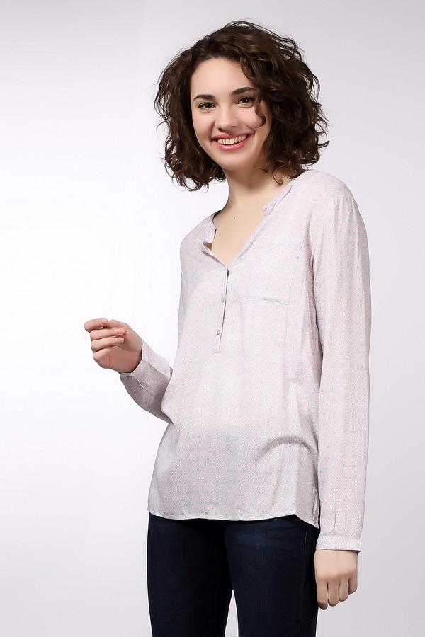 Блузa s.OliverБлузы<br>Женственная блуза s.Oliver бежевого, розового и сиреневого цветов. Это изделие было выполнено из натуральной вискозы. Такая модель является демисезонной. Она дополнена сверху пуговицами для регулировки выреза блузы и карманом на груди. Изделие свободного кроя. Спинка слегка удлинена. Отлично сочетается с одеждой светлых тонов.<br><br>Размер RU: 40<br>Пол: Женский<br>Возраст: Взрослый<br>Материал: вискоза 100%<br>Цвет: Разноцветный