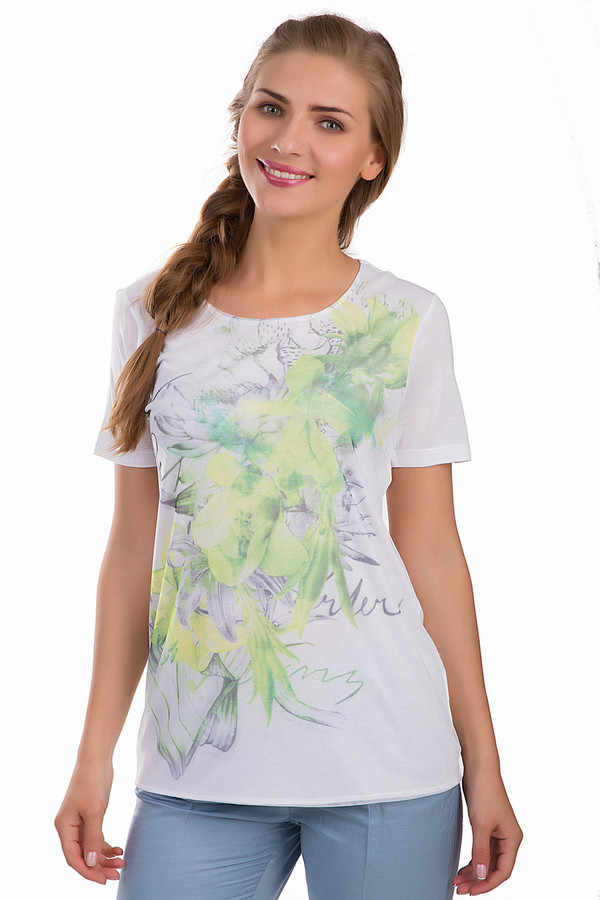 Футболка SteilmannФутболки<br>Оригинальная женская футболка Steilmann серого цвета. Это изделие было выполнено из вискозы. Данная модель предназначена для летнего сезона. Она дополнена ярким изображением желтых и сиреневых цветов на белом фоне. Изделие свободного кроя. Рукава слегка удлинены. Сочетается с одеждой разного стиля.<br><br>Размер RU: 46<br>Пол: Женский<br>Возраст: Взрослый<br>Материал: вискоза 100%<br>Цвет: Разноцветный
