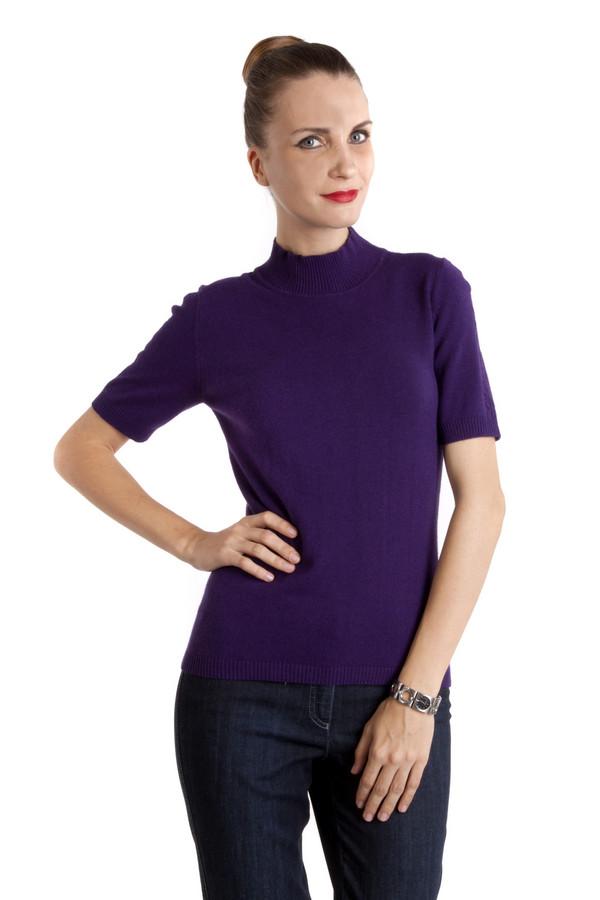 Пуловер PezzoПуловеры<br>Однотонный фиолетовый пуловер Pezzo приталенного кроя. Изделие дополнено: круглым вырезом и короткими рукавами. Ворот, манжеты и нижний кант оформлены трикотажной резинкой. Рукава декорированы вязанным объемным рисунком.<br><br>Размер RU: 42<br>Пол: Женский<br>Возраст: Взрослый<br>Материал: вискоза 33%, хлопок 18%, полиамид 23%, шерсть 18%, кашемир 4%, ангора 4%<br>Цвет: Фиолетовый