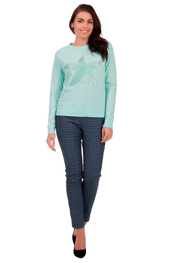 Модные джинсы BaslerМодные джинсы<br>Эффектные женские джинсы, от бренда Basler. Это джинсы-дудочки на кокетке, с комбинированной застежкой, и небольшими разрезами снизу. Джинсы дополнены парой накладных карманов сзади, двумя боковыми карманами спереди, а также пятым карманом. Отделка: тройная декоративная строчка оранжевого цвета и заклепки. Эта модель изготовлена из материала, в состав которого входит 61% хлопка, 36% полиэстера и 3% эластана, и представлена в сине-черной цветовой гамме, с мелким геометрическим принтом.<br><br>Размер RU: 44<br>Пол: Женский<br>Возраст: Взрослый<br>Материал: полиэстер 36%, эластан 3%, хлопок 61%<br>Цвет: Чёрный