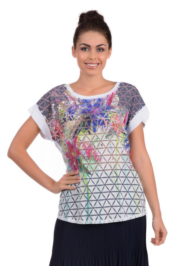 Футболка ErfoФутболки<br>Яркая футболка для женщин от бренда Erfo. Это футболка белого цвета, с ярким абстрактным геометрическим принтом. Футболка сшита по свободному покрою с U-образным вырезом и коротким рукавом. Материал - вискоза с добавлением полиамида.<br><br>Размер RU: 50<br>Пол: Женский<br>Возраст: Взрослый<br>Материал: полиамид 19%, вискоза 81%<br>Цвет: Разноцветный