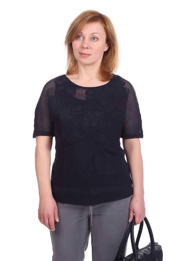 Пуловер Betty BarclayПуловеры<br>Стильный женский пуловер Betty Barclay черного цвета. Это изделие было выполнено из натурального хлопка. Данная модель предназначена для летнего сезона. Она дополнена верхним слоем в сеточку и с большими черными узорами. Такой пуловер — это оригинальное решение на каждый день. Он хорошо сочетается с одеждой разных цветов и фактур.