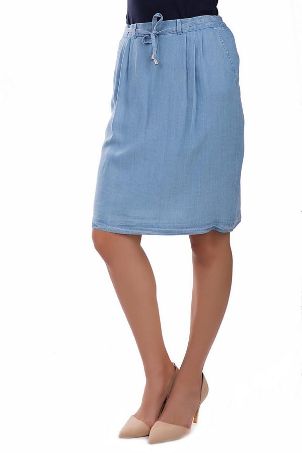 Юбка Eugen KleinЮбки<br>Удобная юбка Eugen Klein голубого цвета. Это изделие было выполнено из лиоцела. Модель предназначена для летнего сезона. Она дополнена застежкой сзади на молнии, боковыми карманами, шлевками, шнурком, завязанным на аккуратный бант. Юбка средней длины. Будет ярким акцентом в летнем образе.<br><br>Размер RU: 52<br>Пол: Женский<br>Возраст: Взрослый<br>Материал: лиоцел 100%<br>Цвет: Голубой