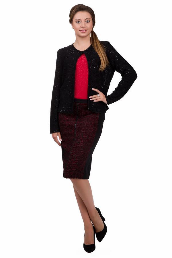 Юбка GardeurЮбки<br>Элегантная женская юбка Gardeur чёрного, белого и бордового цветов. Это изделие было изготовлено из эластан, вискоза и полиэстер. Данная модель предназначена для демисезона. Дополнена застежкой на молнии сзади. Юбка сидит по фигуре и средней длины. Лучше всего, сочетается с обувью на каблуке и женственными блузами.<br><br>Размер RU: 50<br>Пол: Женский<br>Возраст: Взрослый<br>Материал: эластан 5%, вискоза 60%, полиэстер 35%<br>Цвет: Разноцветный