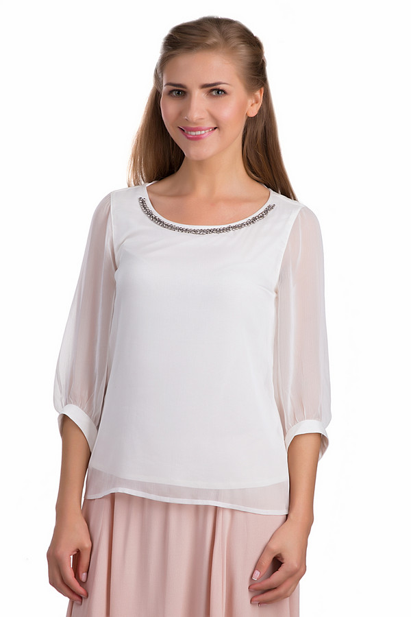 Блузa CommaБлузы<br>Стильная женская блуза Comma белого цвета. Это изделие было выполнено из полиэстера. Данная модель предназначена для летнего сезона. Она дополнена вставками из серебристых камней на вороте. Блуза свободного кроя. Не сковывает движений. Отлично подойдет для вечернего нарядного образа.<br><br>Размер RU: 46<br>Пол: Женский<br>Возраст: Взрослый<br>Материал: полиэстер 100%<br>Цвет: Белый