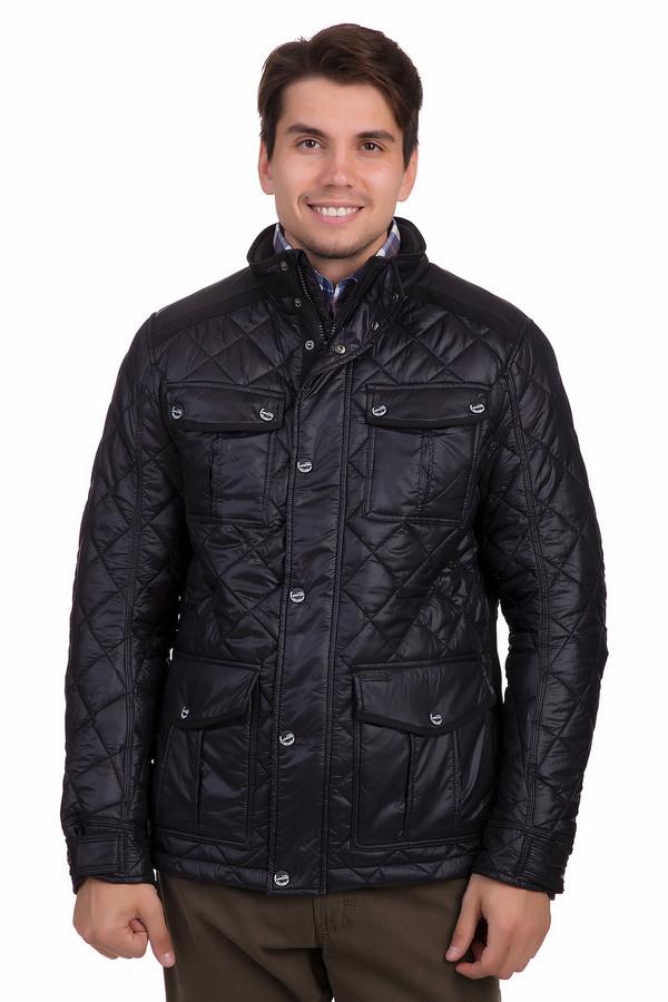 Куртка Tom TailorКуртки<br>Стильная мужская куртка Tom Tailor черного цвета. Это изделие было выполнено из полиамида. Данная модель предназначена для демисезонного периода. Дополнена карманами на груди и по бокам. Застегивается с помощью металлических пуговиц. Такая куртка будет отличной базовой вещью в гардеробе.<br><br>Размер RU: 46-48<br>Пол: Мужской<br>Возраст: Взрослый<br>Материал: полиамид 100%<br>Цвет: Чёрный