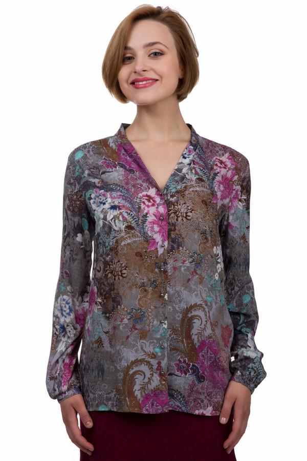 Блузa Betty BarclayБлузы<br>Яркая женская блуза от бренда Betty Barclay серого, розового, бордового, коричневого и зелёного цветов. Это изделие было изготовлено из натуральной вискозы. Модель предназначена для демисезонного периода. Дополнена темным цветочным рисунком. Застегивается с помощью маленьких золотых пуговиц. Изделие свободного кроя. Спинка блузы длиннее передней части.<br><br>Размер RU: 44<br>Пол: Женский<br>Возраст: Взрослый<br>Материал: вискоза 100%<br>Цвет: Разноцветный