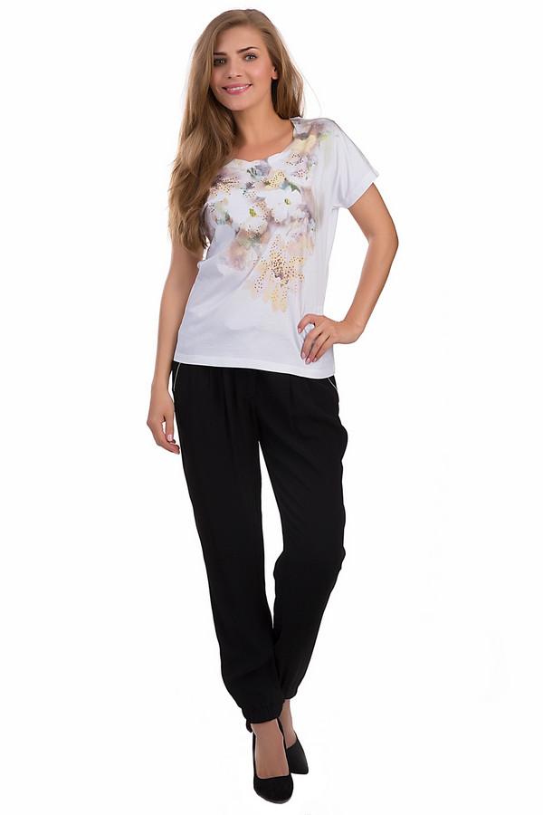 Брюки ApanageБрюки<br>Практичные женские брюки Apanage черного цвета. Данное изделие было выполнено из вискозы. Модель предназначена для демисезона. Эти брюки свободного кроя и средней посадки. Они дополнены резинкой и боковыми карманами на молнии. Данное изделие удобно носить и сочетать с другими вещами из гардероба.<br><br>Размер RU: 54<br>Пол: Женский<br>Возраст: Взрослый<br>Материал: вискоза 100%<br>Цвет: Чёрный