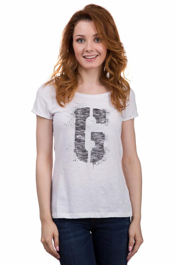 Футболка s.OliverФутболки<br>Молодежная женская футболка от бренда s.Oliver белого цвета. Это изделие было выполнено из натурального хлопка. Данная модель предназначена для летнего сезона. Дополнена большим серым изображением буквы G на белом фоне. Изделие свободного кроя. Прекрасно сочетается как с юбками, так и с шортами, джинсами.<br><br>Размер RU: 42<br>Пол: Женский<br>Возраст: Взрослый<br>Материал: хлопок 100%<br>Цвет: Чёрный