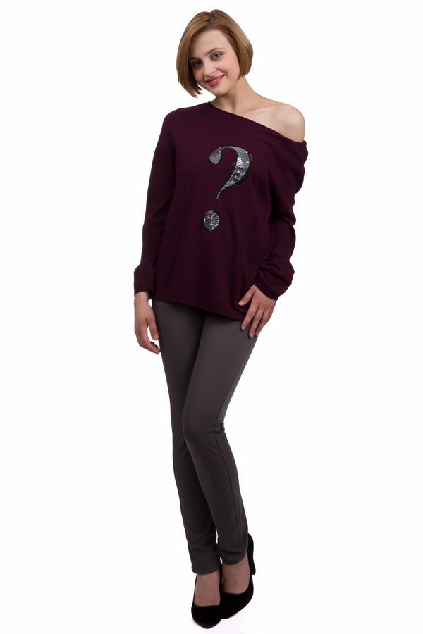 Брюки MonariБрюки<br>Классические женские брюки от бренда Monari коричневого и серого цветов. Данное изделие было изготовлено из эластана и полиэстера. Эта модель предназначена для демисезонного периода. Штаны низкой посадки. Сидят по фигуре. Дополнены шлевками для ремня, карманами и застежкой на молнии и пуговице. Хорошо сочетаются с разными вещами.<br><br>Размер RU: 50<br>Пол: Женский<br>Возраст: Взрослый<br>Материал: эластан 10%, полиэстер 90%<br>Цвет: Разноцветный