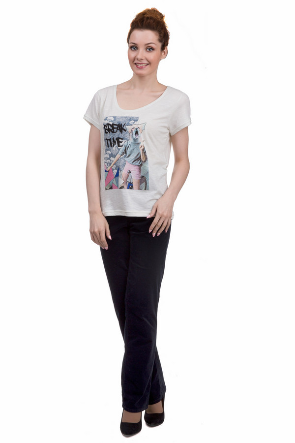 Брюки GardeurБрюки<br>Классические женские брюки от бренда Gardeur синего цвета. Эта модель была сделана из хлопка и эластана. Данное изделие предназначено для демисезонного периода. Брюки высокой посадки. Дополнены шлевками, застежкой на молнии и пуговице, карманами по бокам и сзади. Отлично сочетаются с женственными блузами и со строгими рубашками.<br><br>Размер RU: 42<br>Пол: Женский<br>Возраст: Взрослый<br>Материал: хлопок 98%, эластан 2%<br>Цвет: Синий