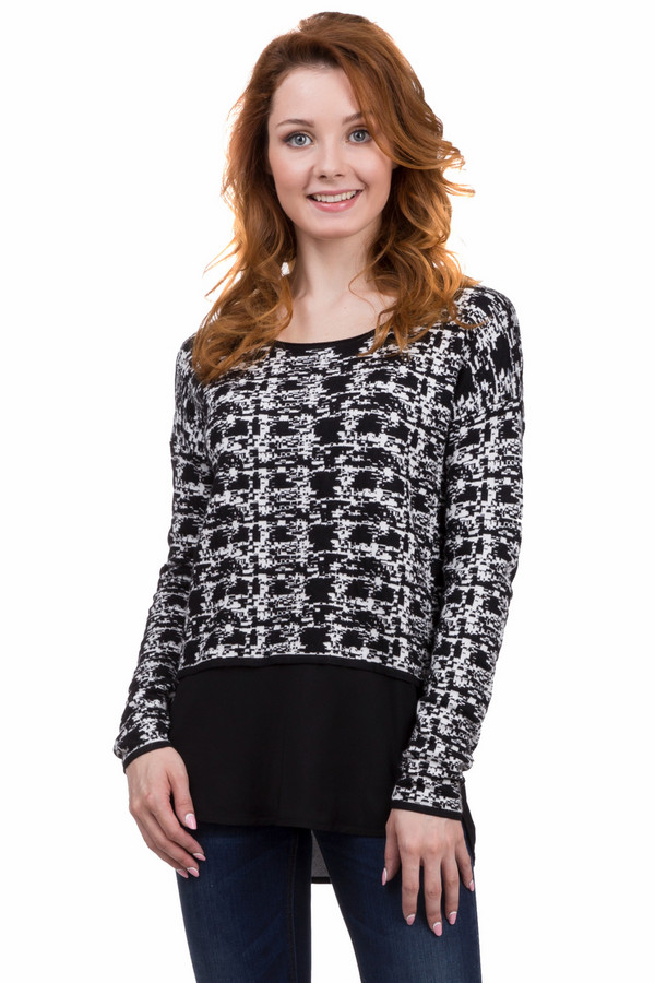 Пуловер CommaПуловеры<br>Оригинальный женский пуловер от бренда Comma чёрного и белого цветов. Это изделие было выполнено из вискозы и полиамида. Данная модель предназначена для демисезонного периода. Дополнена пестрым черно-белым орнаментом. Пуловер укорочённый. Рукава длинные. Такая вещь подойдет не только для повседневного образа. В сочетании с яркими аксессуарами будет смотреться ярко и интересно.<br><br>Размер RU: 50<br>Пол: Женский<br>Возраст: Взрослый<br>Материал: вискоза 67%, полиамид 33%<br>Цвет: Белый