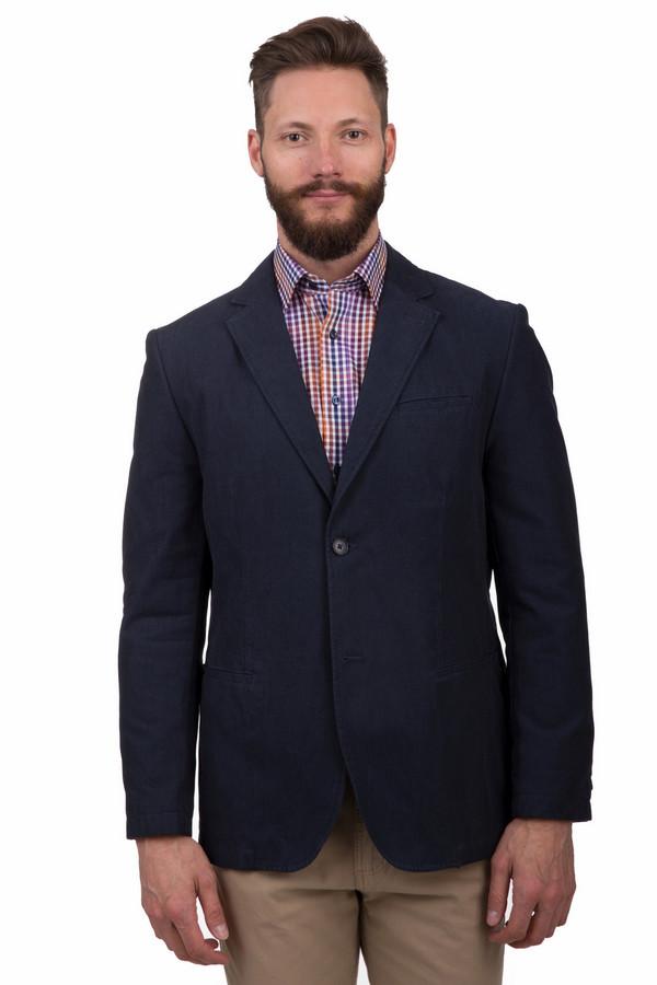 Пиджак CalamarПиджаки<br>Стильный мужской пиджак от бренда Calamar темного синего цвета. Это изделие было выполнено из натурального хлопка. Модель предназначена для демисезонного периода. Застегивается с помощью одной пуговицы в тон изделию. Пиджак сидит по фигуре. Хорошо сочетается темными однотонными вещами. Отлично смотрится со светлыми рубашками.<br><br>Размер RU: 50L<br>Пол: Мужской<br>Возраст: Взрослый<br>Материал: хлопок 100%<br>Цвет: Синий