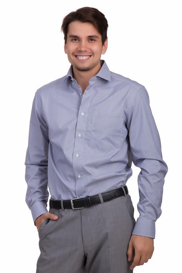 Рубашка с длинным рукавом PezzoДлинный рукав<br>Мужская рубашка от бренда Pezzo прямого кроя представлена в белом цвете с принтом гусиная лапка. Изделие дополнено отложным классическим воротником и длинными руками с манжетами на пуговицах. Центральная часть застегивается на пуговицы с названием бренда. Рубашка гармонично будет смотреться как с   классическими брюками  , так и с   джинсами  .<br><br>Размер RU: 42<br>Пол: Мужской<br>Возраст: Взрослый<br>Материал: полиэстер 80%, хлопок 20%<br>Цвет: Синий