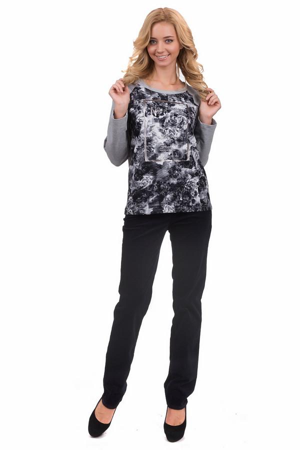 Брюки GardeurБрюки<br>Классические женские брюки от бренда Gardeur темно-синего цвета. Эта модель была сделана из хлопка и эластана. Данное изделие предназначено для демисезонного периода. Дополнены шлевками, карманами по бокам и сзади. Брюки средней посадки. Оптимальный вариант для повседневного образа. Такие брюки будут хорошей базовой вещью.<br><br>Размер RU: 40L<br>Пол: Женский<br>Возраст: Взрослый<br>Материал: хлопок 98%, эластан 2%<br>Цвет: Синий