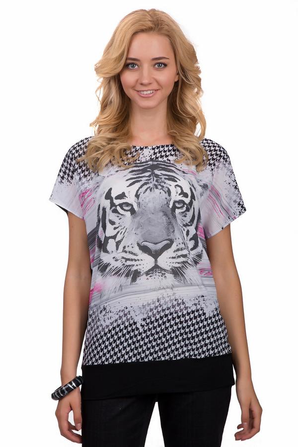 Блузa BaslerБлузы<br>Оригинальная женская блуза Basler чёрного цвета с серыми, белыми и розовыми элементами. Это изделие было выполнено из полиэстера. Данная модель предназначена для теплой летней погоды. Блуза свободного кроя и с короткими рукавами. Дополнена большим черно-белым изображением тигра. Лучше всего такое изделие будет смотреться с шортами или с широкими юбками средней длинны.<br><br>Размер RU: 52<br>Пол: Женский<br>Возраст: Взрослый<br>Материал: полиэстер 100%<br>Цвет: Разноцветный