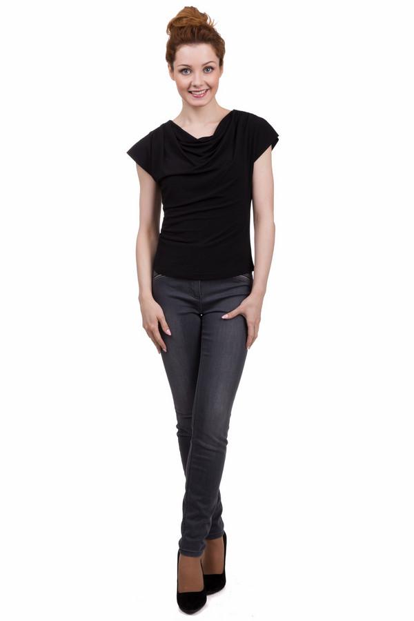 Джинсы TaifunДжинсы<br>Строгие женские джинсы от бренда Taifun серого цвета. Это изделие было выполнено из эластана, полиэстера и хлопка. Данную модель можно носить круглый год. Джинсы средней посадки. Сидят по фигуре. Дополнены шлевками, карманами и застежкой на молнии. Отличный вариант для повседневного образа. Сочетается как со строгими блузами, так и с яркими топами.<br><br>Размер RU: 46<br>Пол: Женский<br>Возраст: Взрослый<br>Материал: эластан 1%, полиэстер 11%, хлопок 88%<br>Цвет: Серый